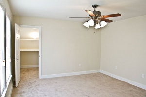 4210-annatana-avenue-bedroom-2-2