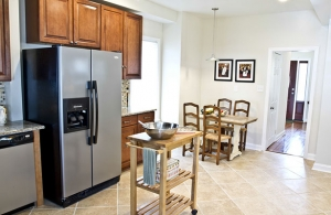 4210-annatana-avenue-kitchen-5